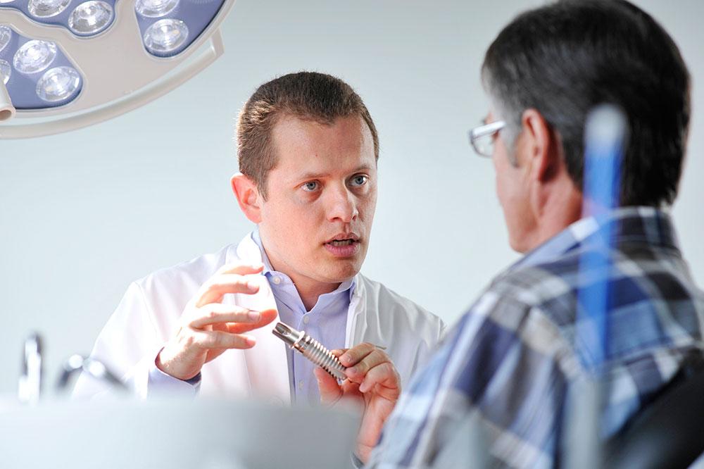 Implantat-Beratung